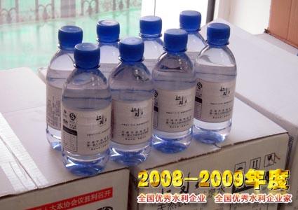 天津北辰桶装水厂制假
